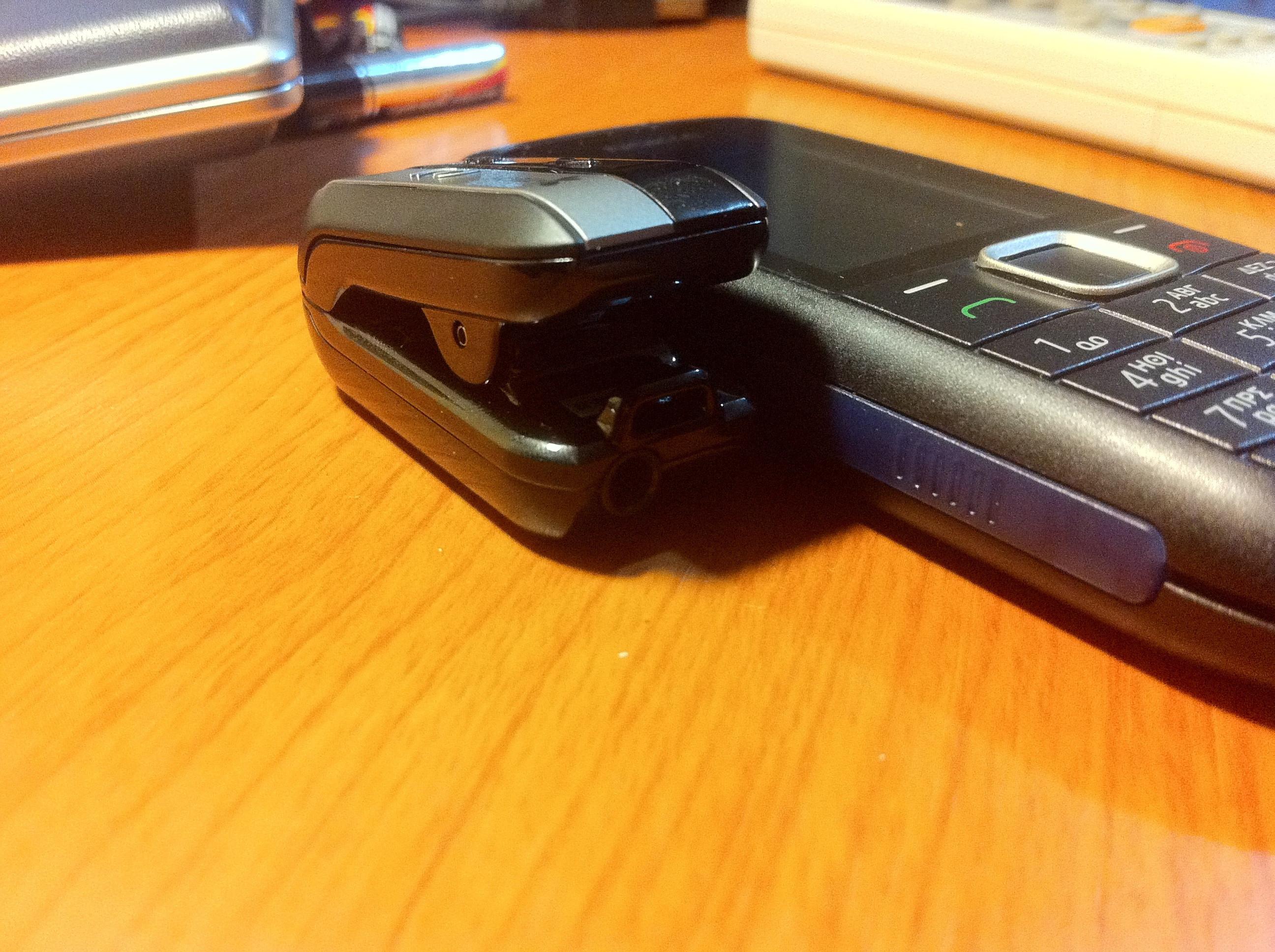 Πατήστε στην εικόνα για να τη δείτε σε μεγένθυνση  Όνομα:  iTechClipMusic802-vs-Nokia1616.jpg Εμφανίσεις:  86 Μέγεθος:  1,62 MB