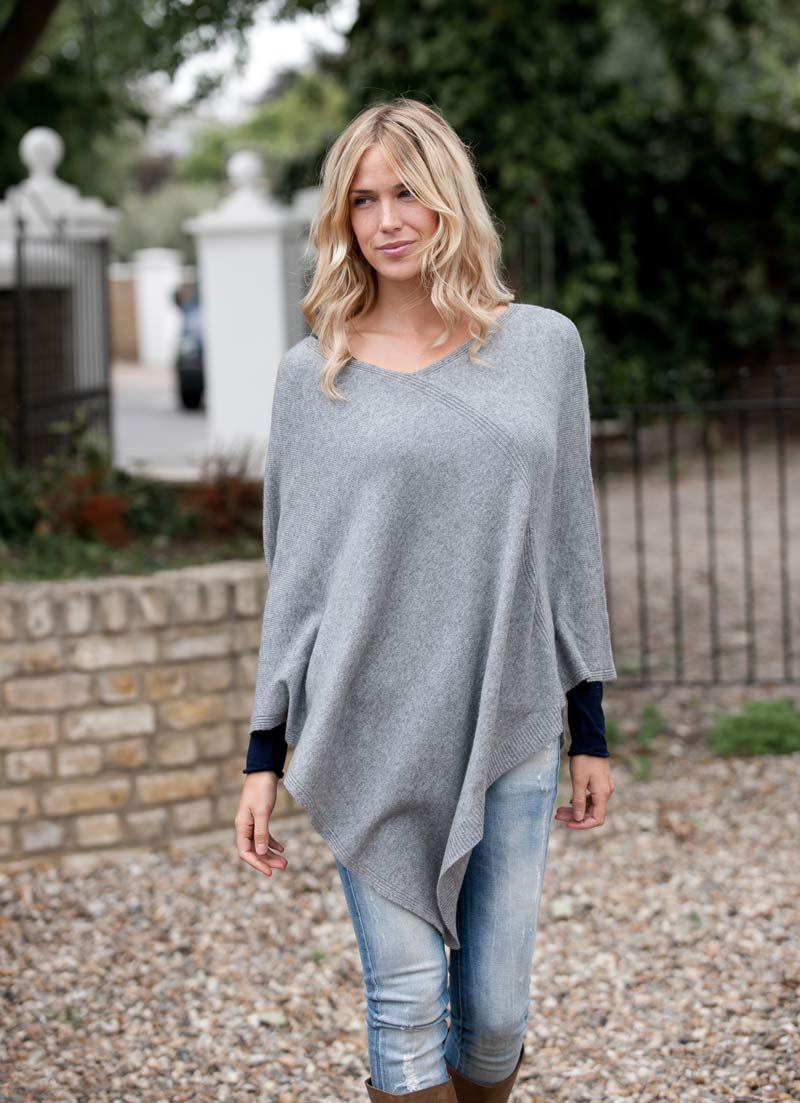 Πατήστε στην εικόνα για να τη δείτε σε μεγένθυνση  Όνομα:  v-neck-cashmere-poncho-grey-1.jpg Εμφανίσεις:  19 Μέγεθος:  98,4 KB